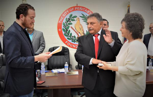 Councilmember Felipe Quintanilla sworn into office - Latest News.jpg